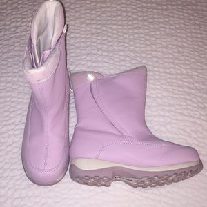 Lands End Boots 30586 youth 4m looks light purple